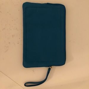 Leather Clutch with a lot of space, card holders